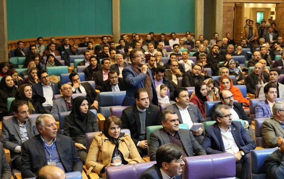 آیین تجلیل از صادرکنندگان نمونه اصفهان
