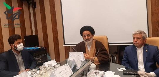 حضور حضرت ایت الله سید رضا تقوی در گردهمایی احزاب، گروهها و شخصیت های انقلابی