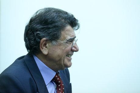 آخرین وضعیت سلامت محمد رضا شجریان/ حال عمومی استاد شجریان تغییری نکرده است